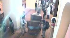 İşte o camideki rezalet görüntüleri - Takvim Web Tv